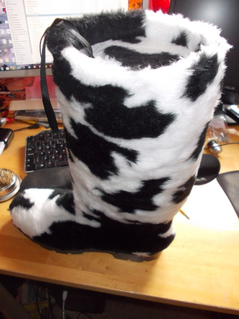 Mooing boot